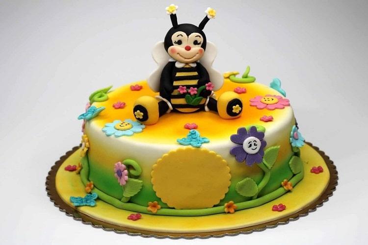کیک روز کودک