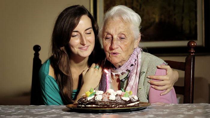 پیام تبریک تولد مادربزرگ