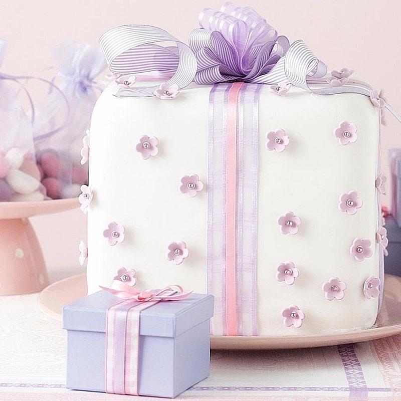 برای هدیه آشتی کنان دوست کیک درست کنید
