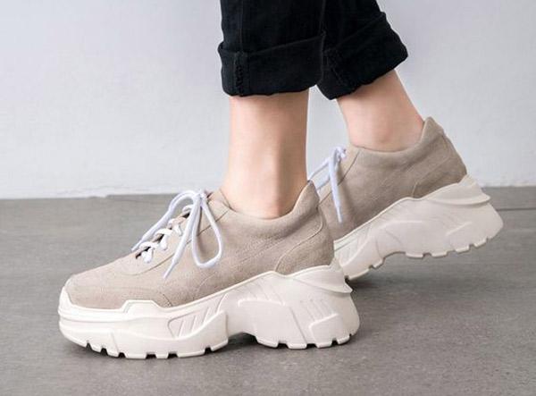 کفش های اسپرت دخترانه