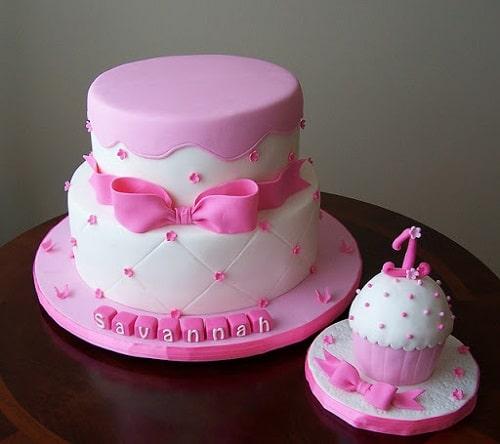 کیک دو طبقه ای دخترانه